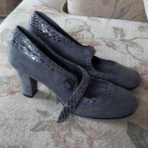 Gray suede and snakeskin heels, Aerosoles. Size  9
